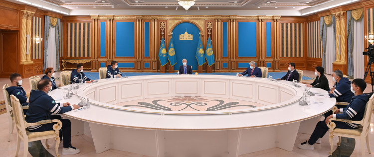 Об инвестпроектах президенту РК доложили премьер-министр и глава АО «Самрук-Қазына»