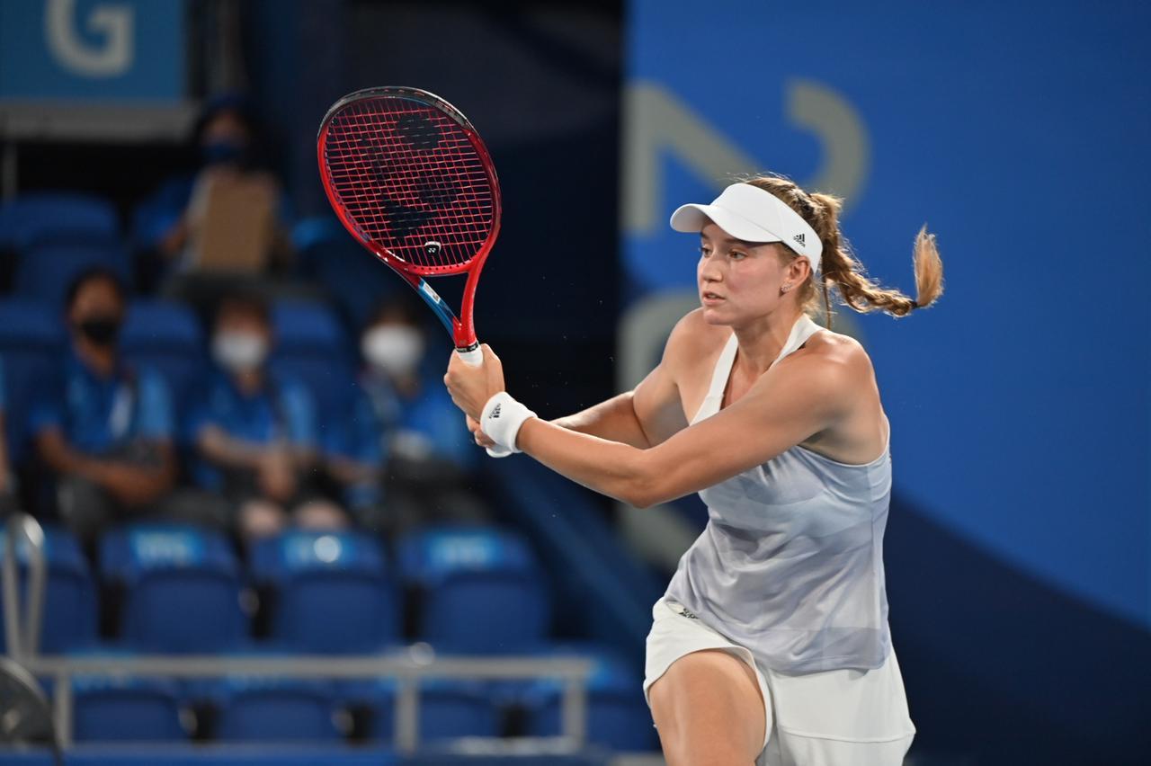 Рыбакина осталась без бронзы Олимпиады в женской теннисной одиночке