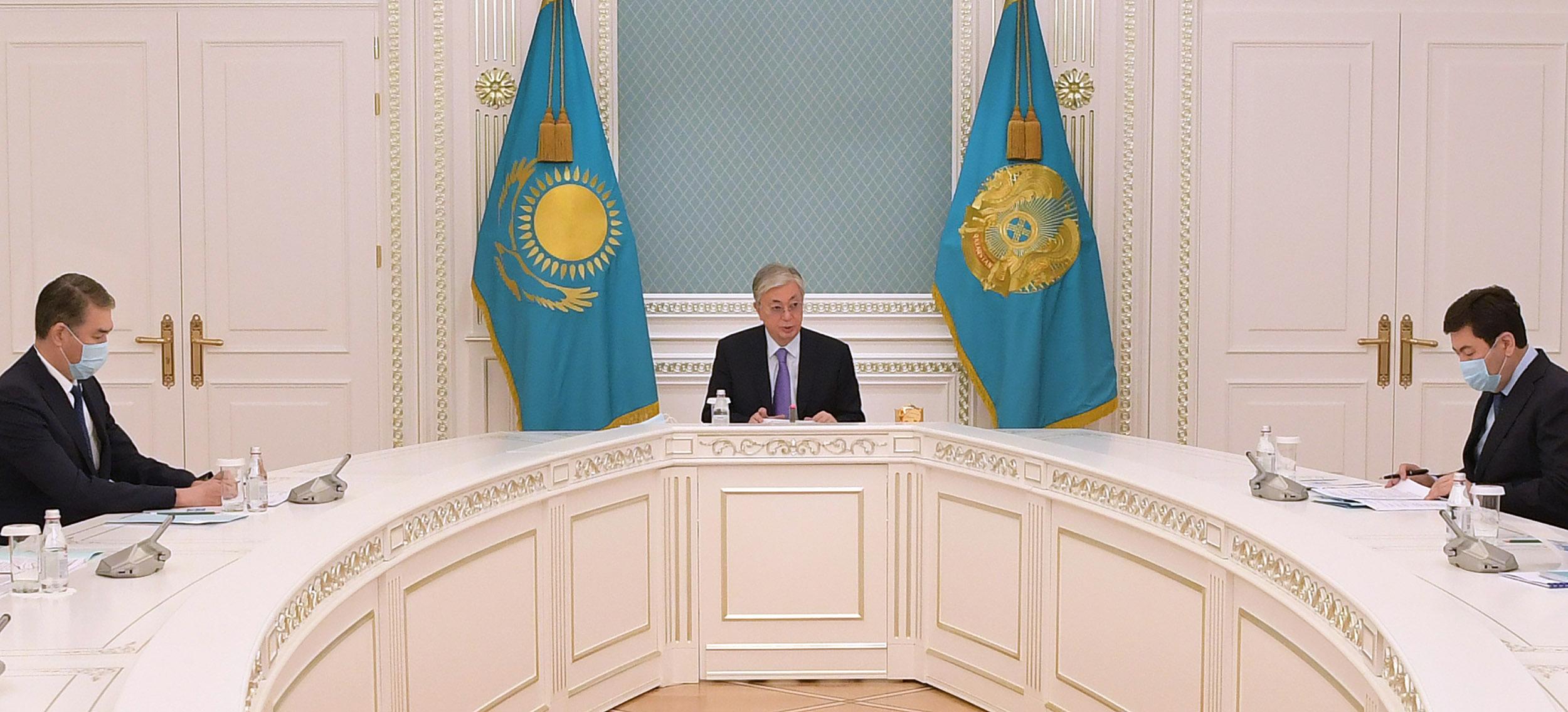 Глава государства провел совещание с руководством правоохранительных органов