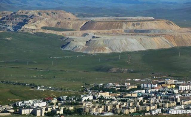 Количество туристов, посетивших Монголию, сократилось на 88,5%