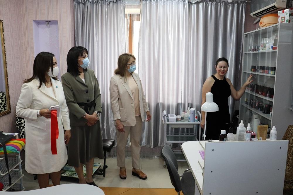 Первый инклюзивный салон красоты открыли в Талдыкоргане