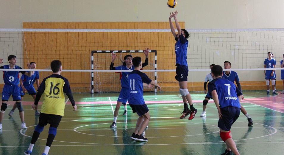Юноши ЗКО впервые за пять лет стали чемпионами РК по волейболу