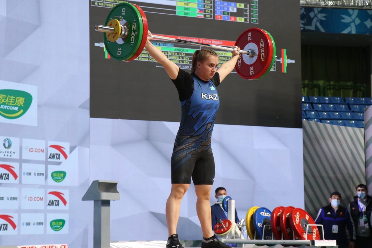 Ауыр атлетикадан Екатерина Быкова қола жүлде алды