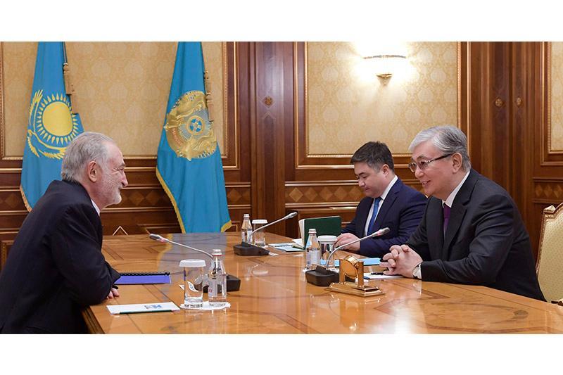 Касым-Жомарт Токаев принял французского политического деятеля Жака Аттали