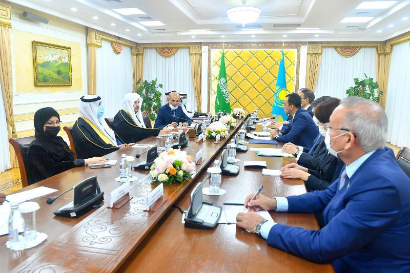 Сенат спикері Сауд Арабиясы Консультативтік Кеңесінің төрағасымен кездесті