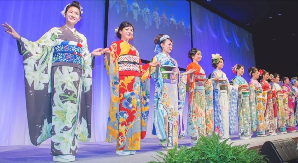 Япония посвятила каждой стране – участнице Олимпиады уникальное кимоно