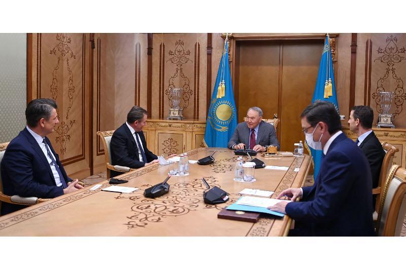 Нурсултан Назарбаев встретился с руководством компании Glencore International AG