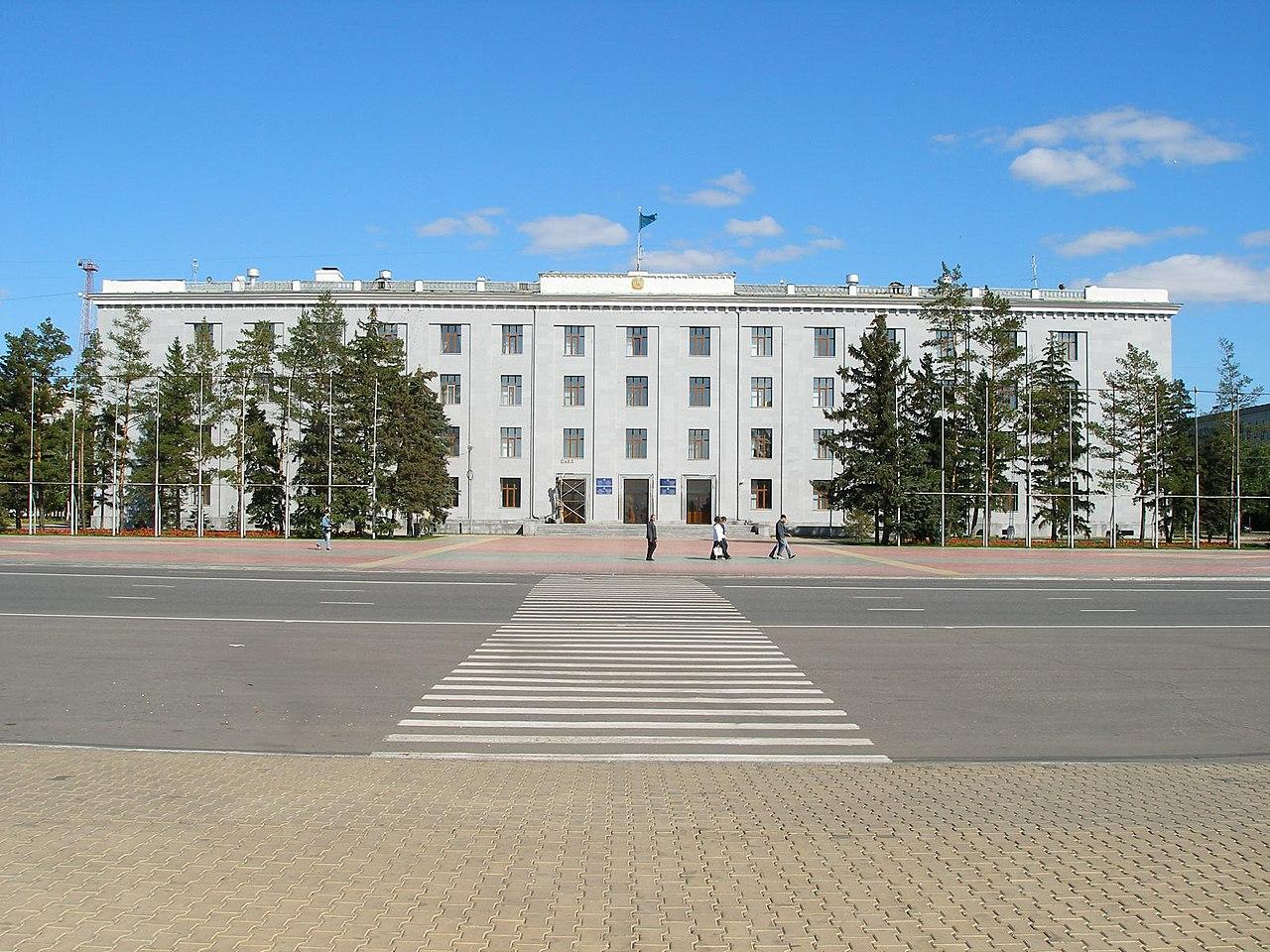 Павлодар облысында шенеунік әлеуметтік желі қолданушыларын мазақ етіп, балағаттады
