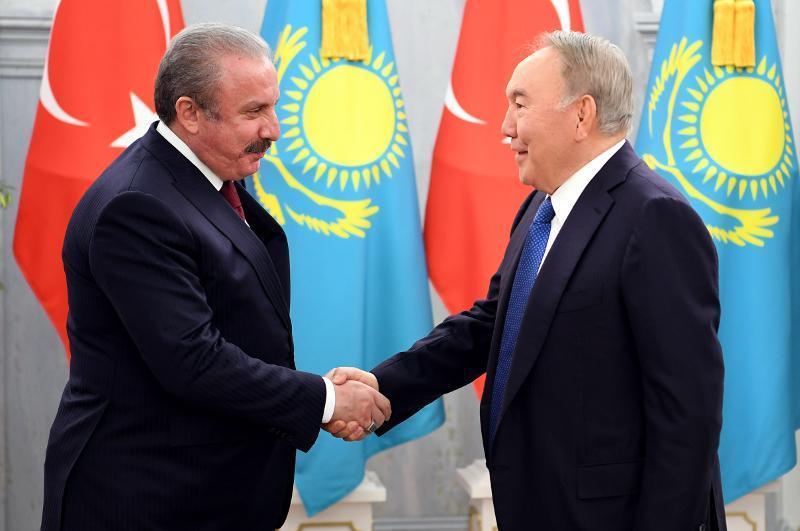 Н. Назарбаев: Ердоған екеуміз үнемі байланыстамыз
