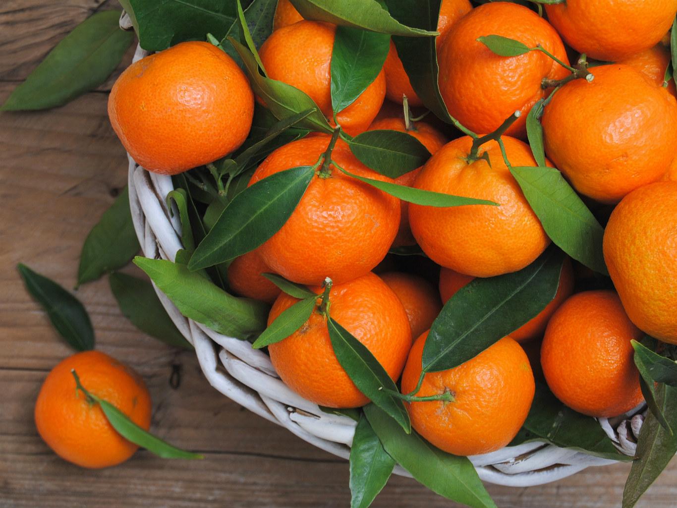 Новый год без мандаринов: в России резко сократились продажи новогодних товаров