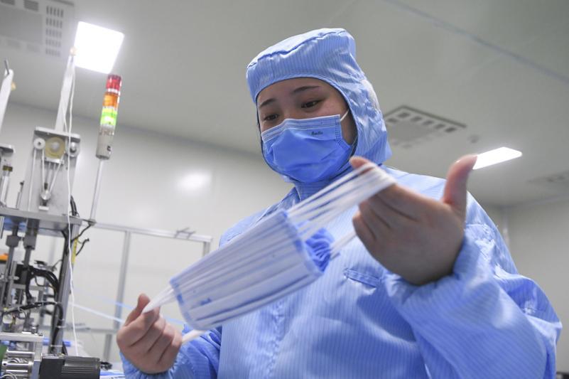 Число случаев COVID-19 в мире превысило 1 млн