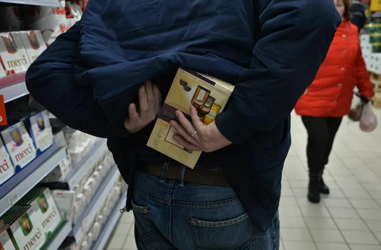 В Актау участились случаи краж продуктов питания в магазинах