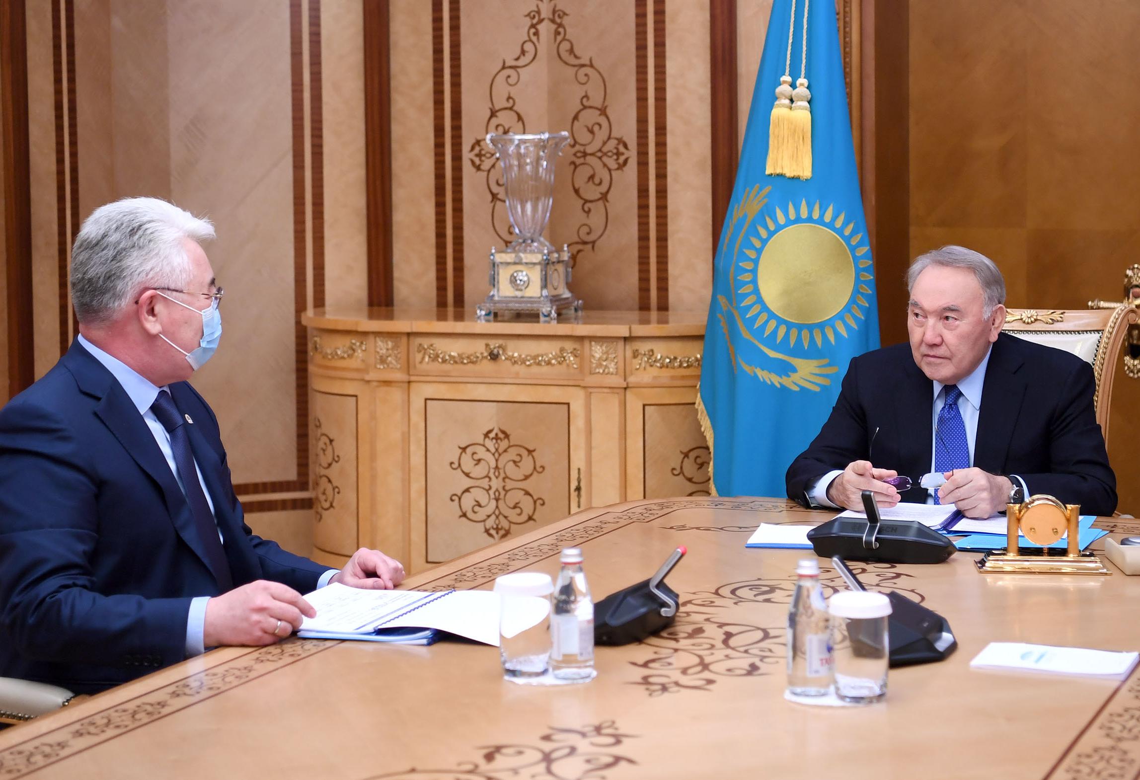 Глава мининдустрии проинформировал Нурсултана Назарбаева об итогах развития промышленности
