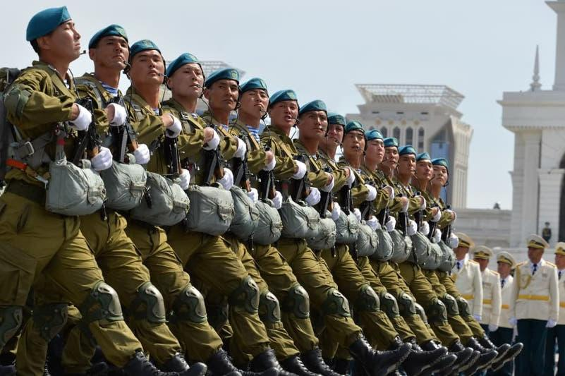 Қазақстанның десанттық-шабуылдау әскерлері кәсіби мерекесін атап өтіп жатыр