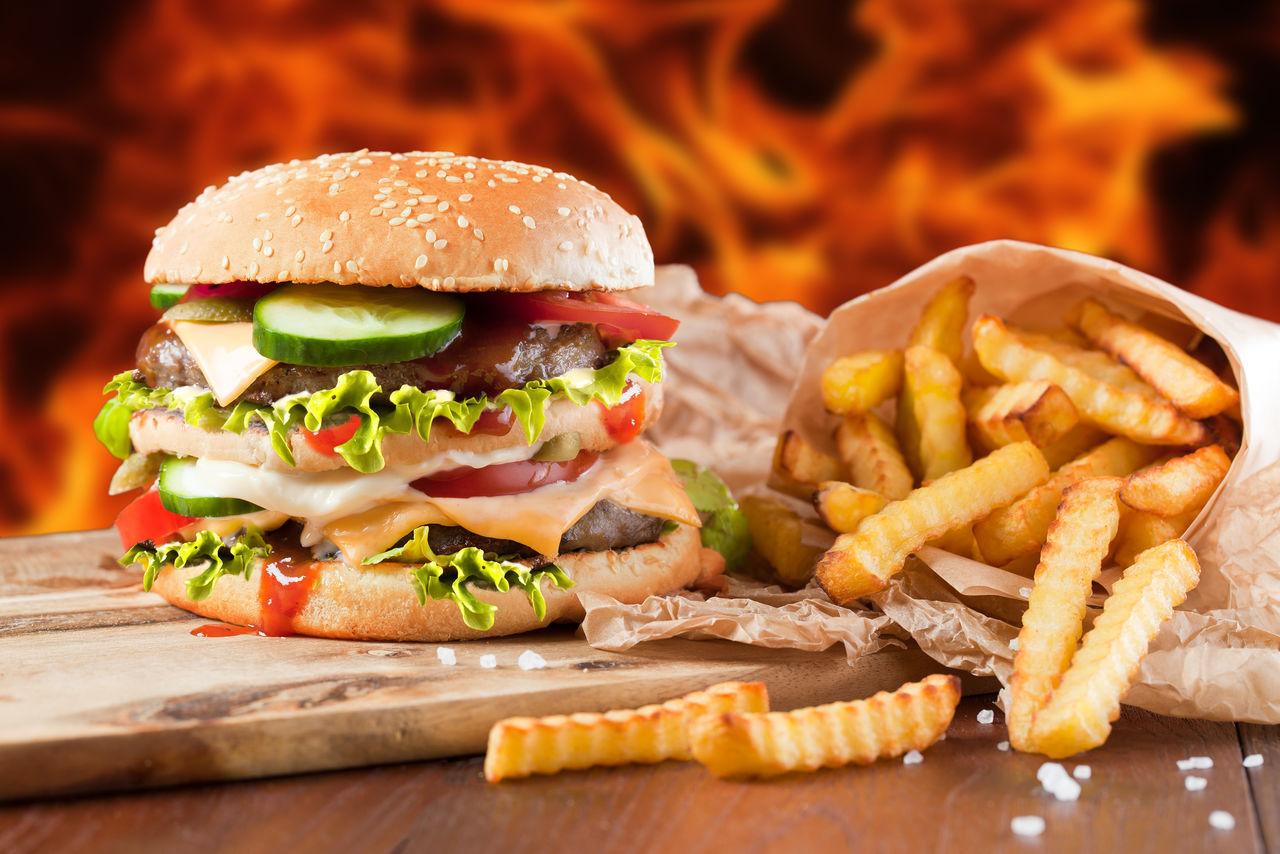 Британское правительство начнет борьбу с нездоровой едой