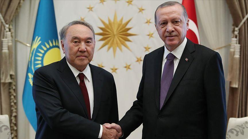 Назарбаев поздравил Эрдогана с днем рождения