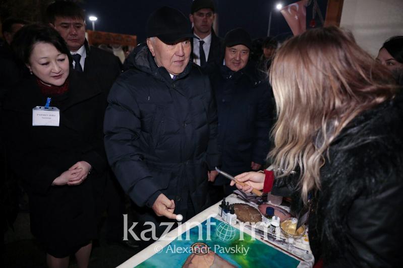 Елбасы Түркістандағы қолөнершілер жәрмеңкесін тамашалады