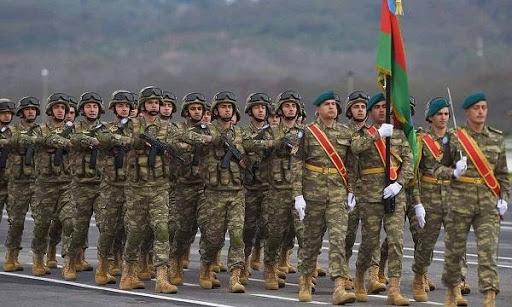 Военные будут контролировать соблюдение мер против COVID-19 в Пакистане