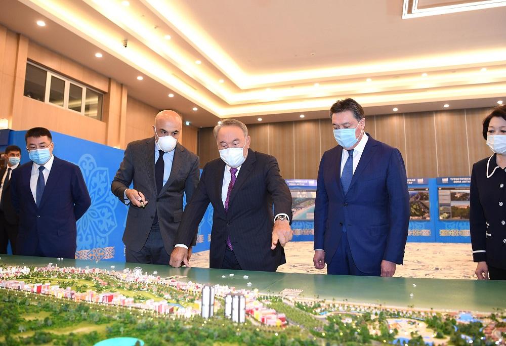 Нурсултан Назарбаев принял участие в презентации международного туристического хаба