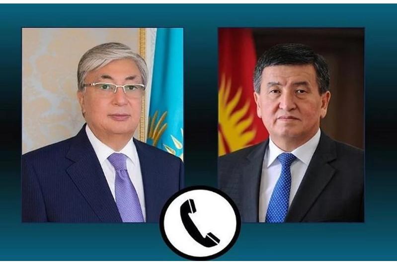 Сооронбай Жээнбеков поблагодарил Касым-Жомарта Токаева за помощь в возвращении киргизских граждан на родину