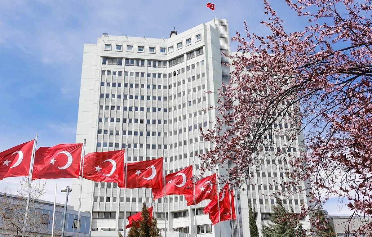 Посла Ирана вызвали в МИД Турции