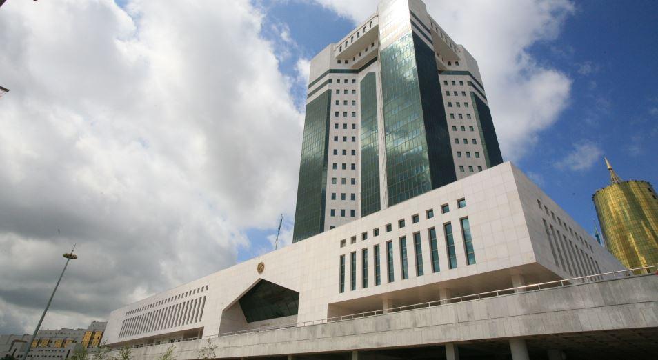 Правительство планирует перераспределить функции между министерствами и акиматами