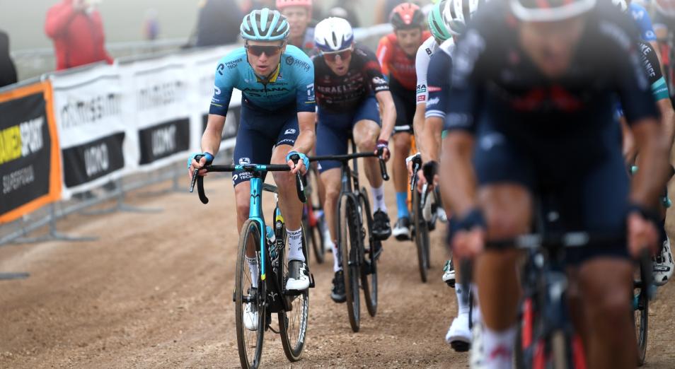 Власов впервые поднялся на подиум этапа «Джиро»