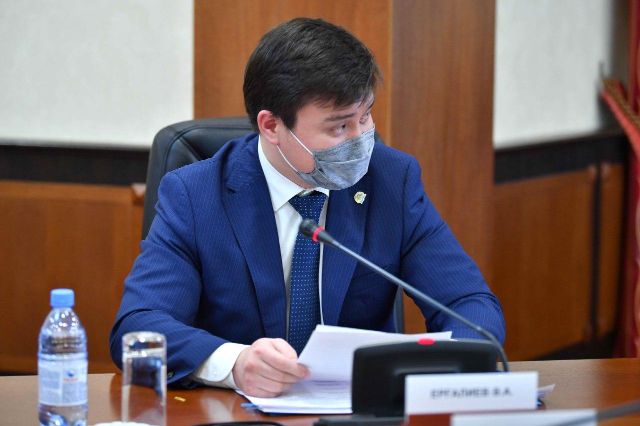 Удорожание картофеля, пенсионные взносы и рост доходов казахстанцев. О чем говорил министр нацэкономики