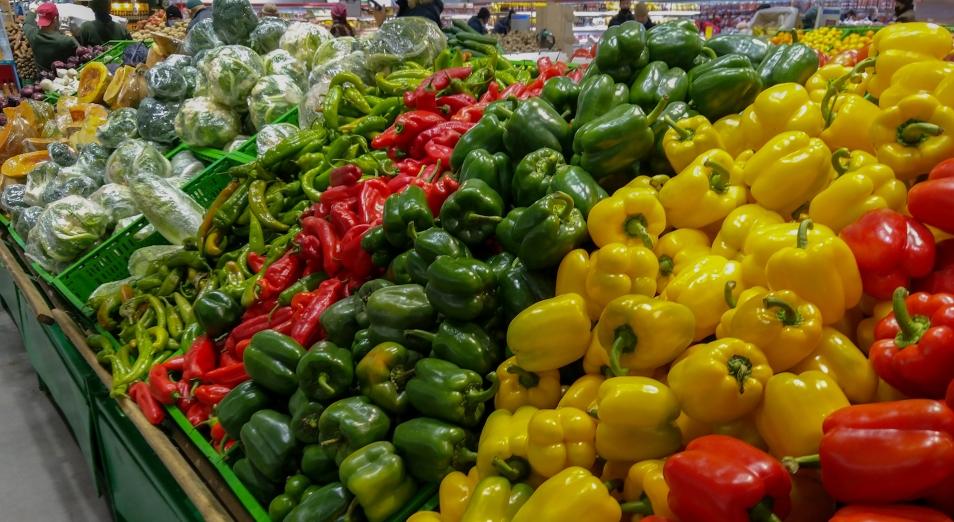 Больше всего за апрель в Казахстане подорожали овощи