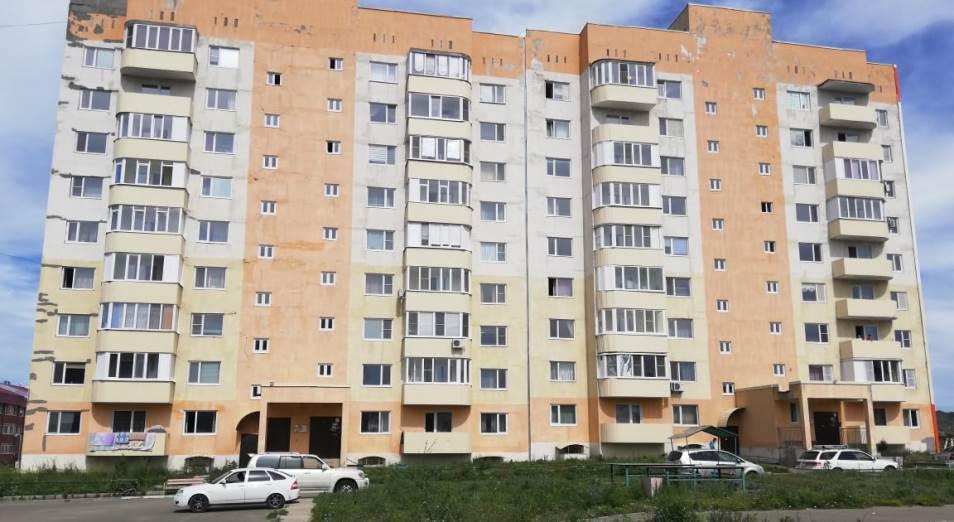Дефекты новостроек Усть-Каменогорска, сданных в эксплуатацию несколько лет назад, устраняют до сих пор
