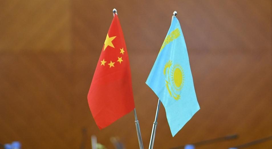 Казахов пугают Китаем «кремлеботы»