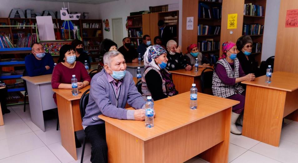 Жители микрорайона Бірлік дали наказы кандидатам в депутаты