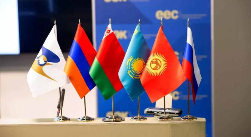 Назарбаев призвал ЕАЭС ускорить кооперацию в сфере продовольственной безопасности и медицине