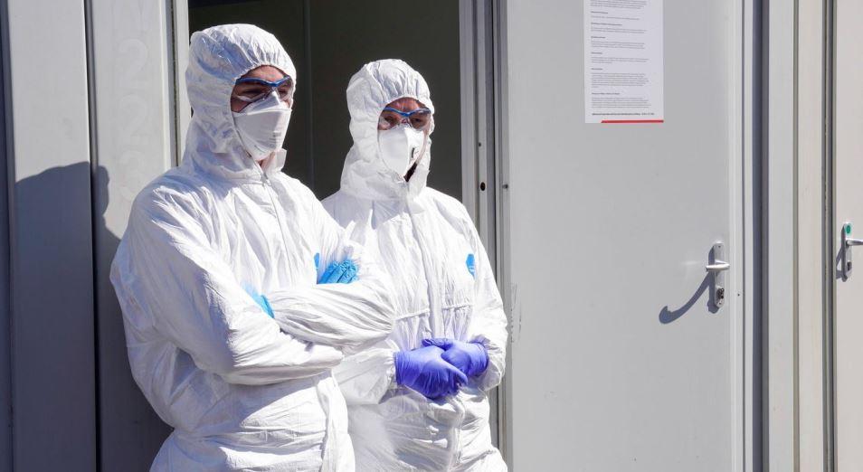 Коронавирус в Казахстане: карантин ужесточается, коронавирус не уступает
