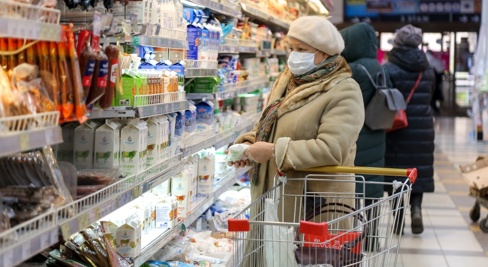 Социально значимые продукты питания подорожали с начала года на 10%