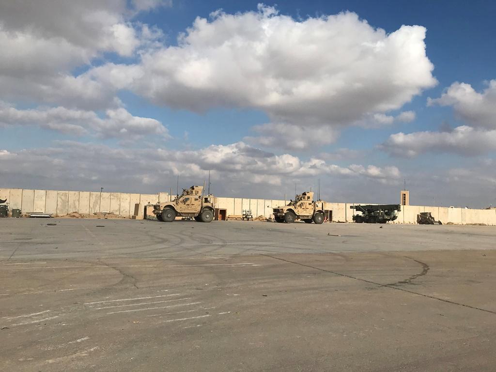 Иракская военная база, где находятся силы США, подверглась ракетной атаке