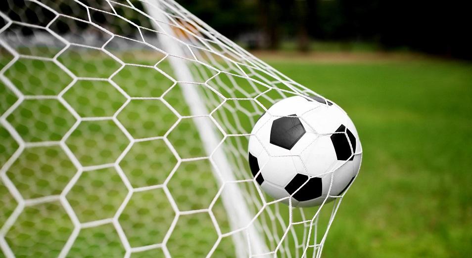 Лига чемпионов: Месси и Неймар сойдутся в 1/8 финала