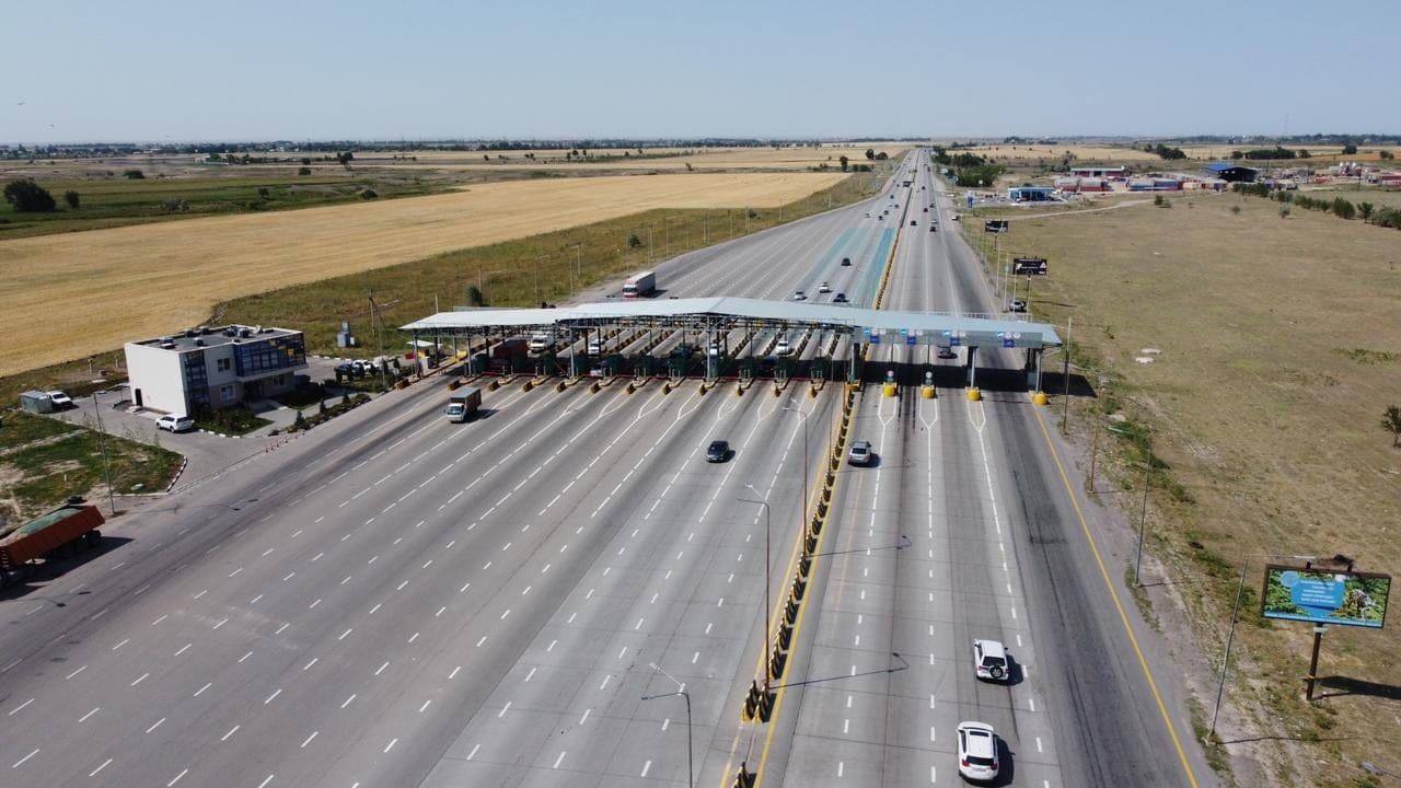 Введение платности поможет сохранить дороги в Казахстане – эксперты