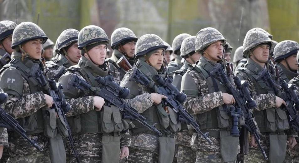 Казахстанская армия усиливает оборону на фоне событий в Афганистане
