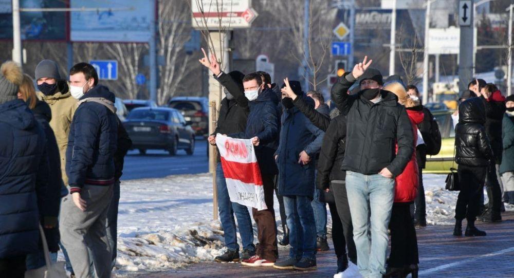Правозащитники сообщили о более чем 130 задержанных на акциях в Минске