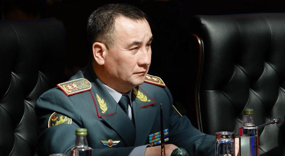 Досье: Бектанов Мурат Карибаевич, досье, Министр обороны, Мурат Бектанов