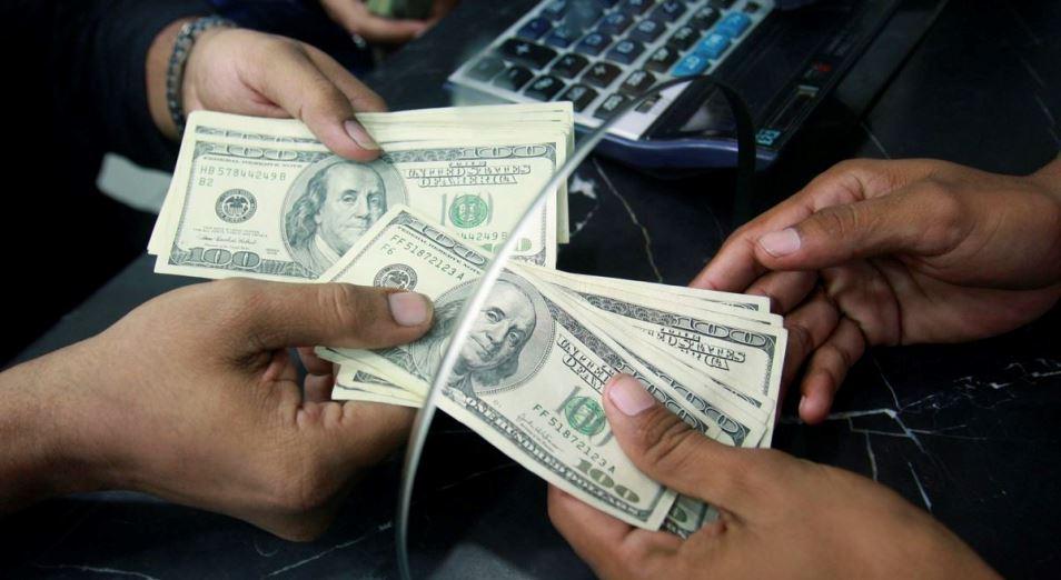 В Казахстан посылают все меньше денег