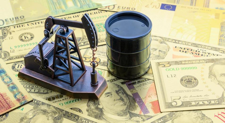 Нефть вернулась на уровень цен выше $65 за баррель