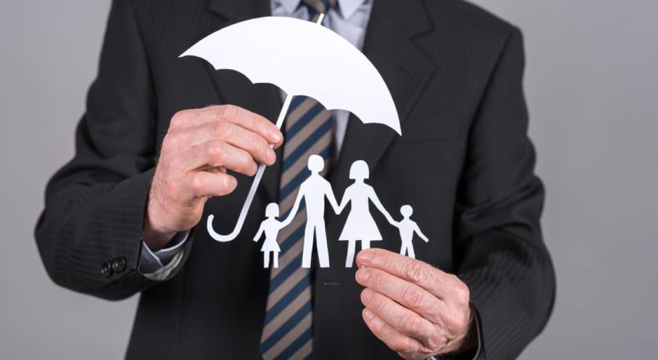 Плата за страх – в Казахстане резко взлетело страхование жизни