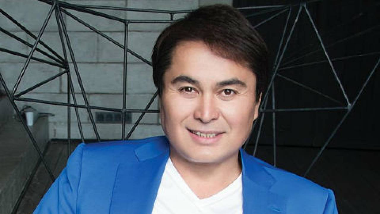 Себя проявляют только на тоях - Давлетяров о казахстанских певцах