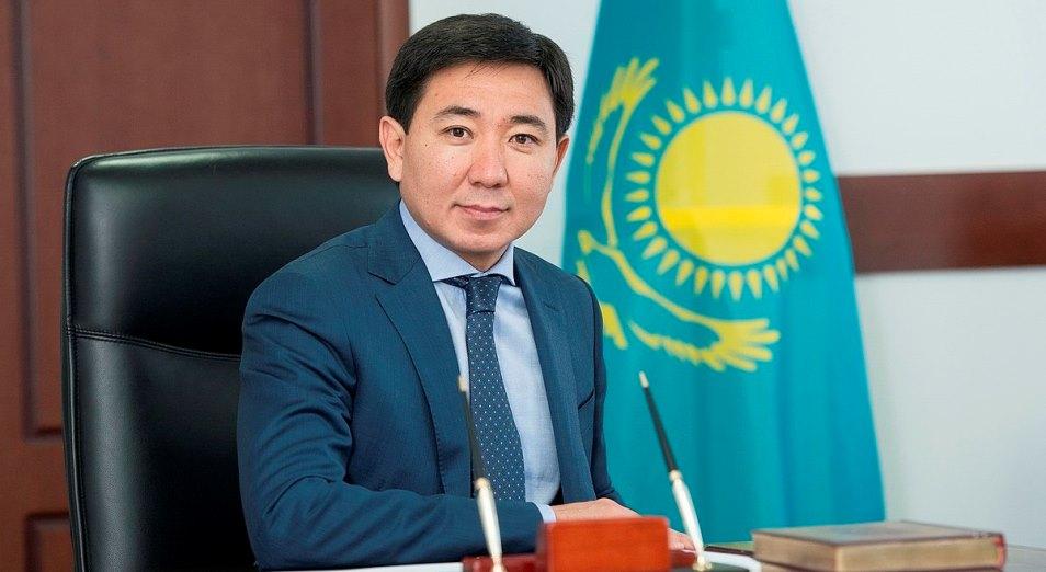 Активист потребовал оштрафовать акима Усть-Каменогорска Жаксылыка Омара