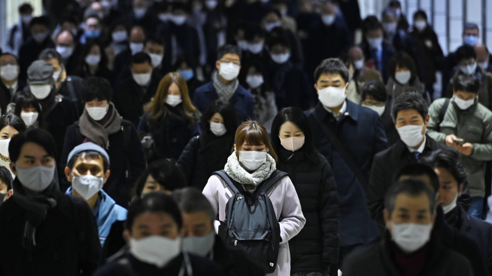 Власти Токио намерены призвать правительство Японии ввести режим ЧС
