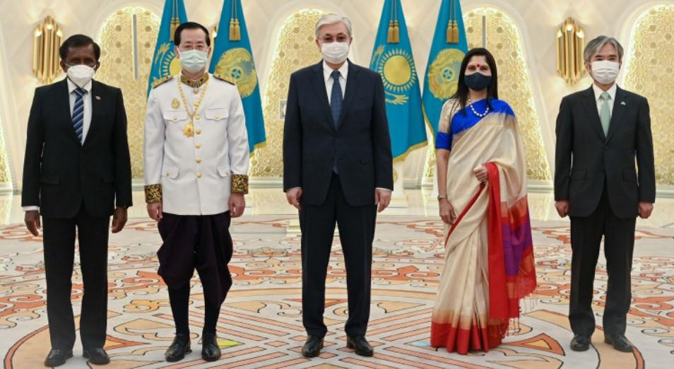 Президент Касым-Жомарт Токаев принял верительные грамоты у послов ряда государств