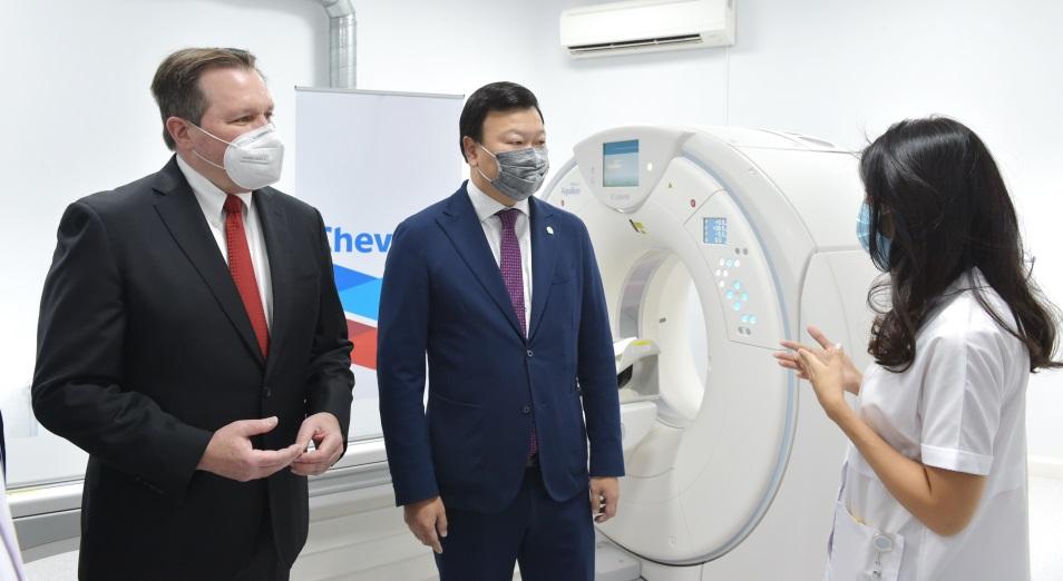 """""""Шеврон"""" передал шесть компьютерных томографов медицинским учреждениям Казахстана в рамках поддержки борьбы с COVID-19"""