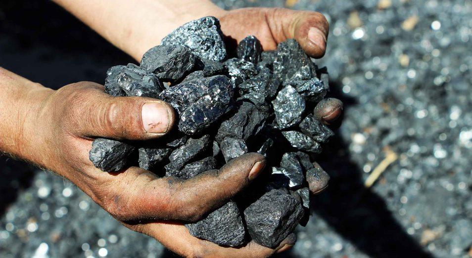 Добыча каменного угля сократилась